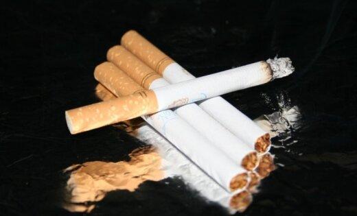 Pētījums: 40% Latvijas iedzīvotāju izsmēķē vismaz vienu cigareti dienā
