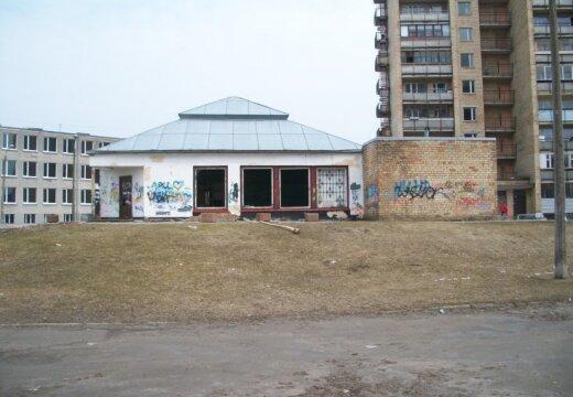 Aculiecinieks: Vai šādiem graustiem ir vieta Rīgā? (ar RD komentāru)