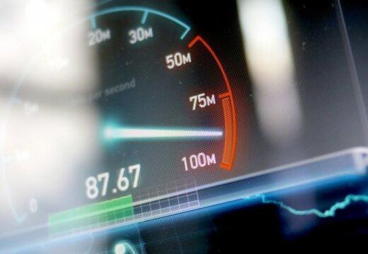 'Lattelecom' dubulto optiskā interneta ātrumu