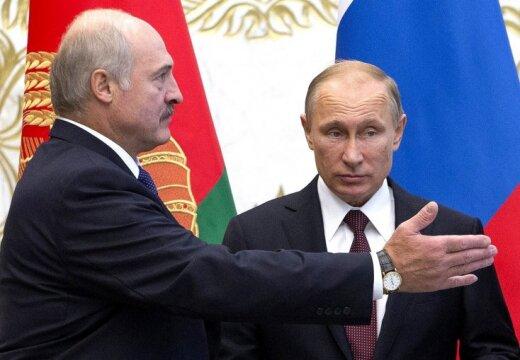 Допуская украинский телеканал, Лукашенко продолжает преследовать местные СМИ и торгуется с Кремлем, - белорусский медиаэксперт - Цензор.НЕТ 3804
