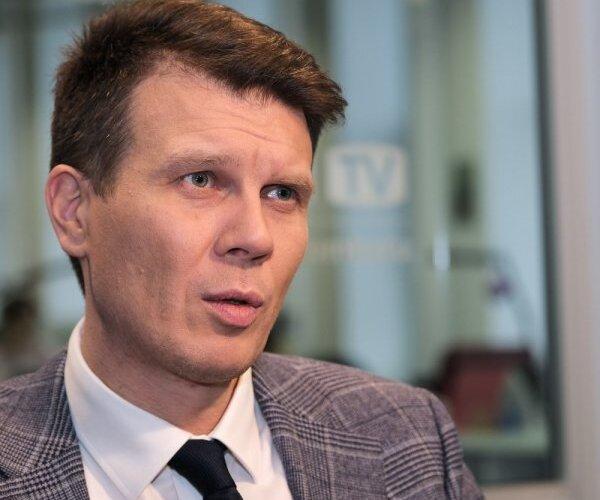 'Delfi TV ar Jāni Domburu' viesojas IT milža vadītājs Maksims Jegorovs. Intervijas teksts