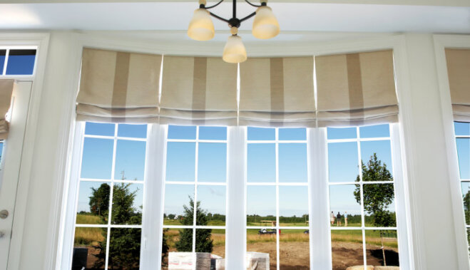 Стираем римские шторы правильно: все о ручной и машинной стирке