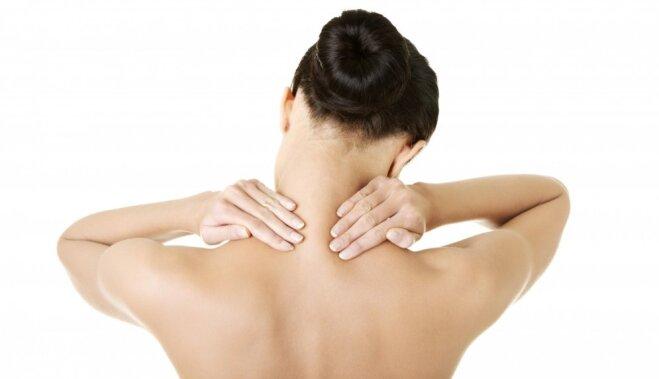 8 простых упражнений против боли в шее
