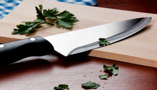 Kā uzasināt nazi
