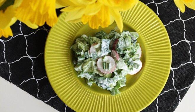 Lapu salāti ar redīsiem un lakšiem