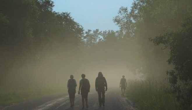Gada garumā vērot likteņupes tecējumu: pārgājiens no Baltkrievijas līdz Rīgai