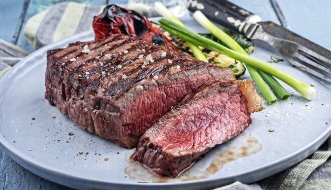 Piecas kļūdas, no kurām izvairīties lielāku gaļas gabalu gatavošanā