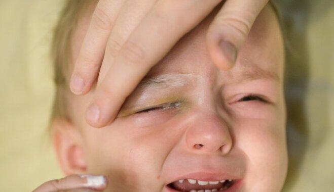 Rotaļu lāzerīši bērniem – redzei kaitīgi. Dažiem pēc pusgada redze atjaunojas, citiem ne
