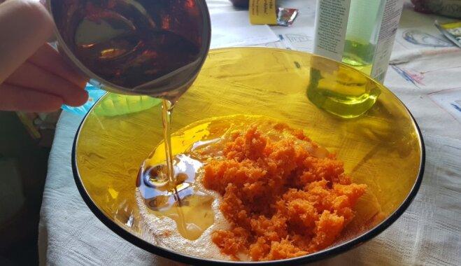 Рецепт с фото: морковный пирог с орехами и сухофруктами на скорую руку