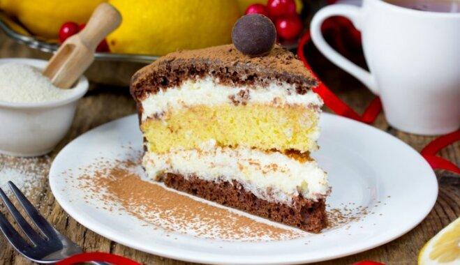 Mannas krēms ar vaniļu tortēm un kūkām