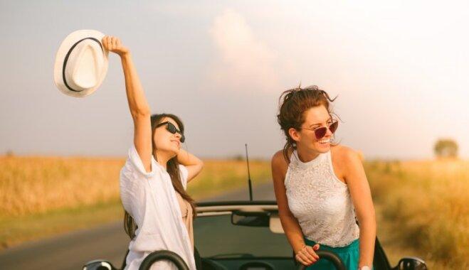 Mērojot garas distances ar auto: spēles, kas īsinās laiku ceļotājiem