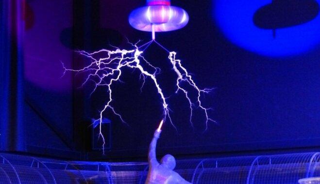 Как зарядить смартфон без зарядки и внешней батареи: Топ-8 опасных и рискованных способов