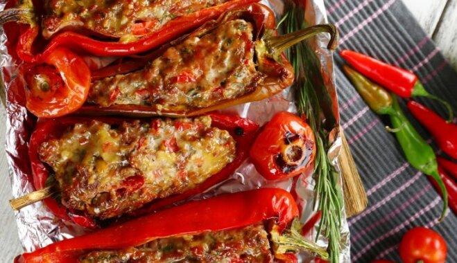 Pildīta paprika gardām vakariņām : 12 receptes sautēšanai, tvaicēšanai un grilēšanai