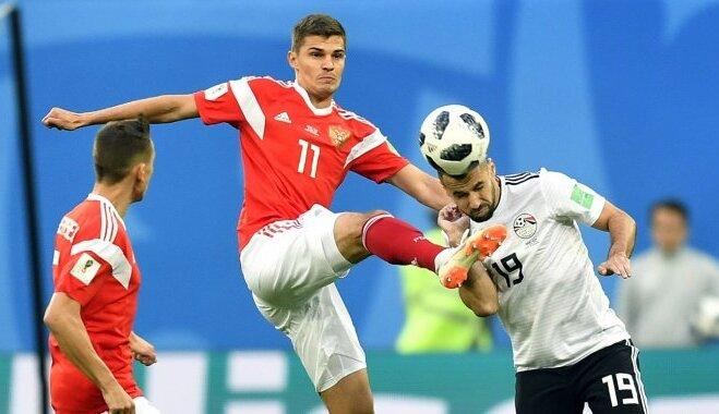 Krievijas futbolisti sper platu soli pretī Pasaules kausa astotdaļfinālam