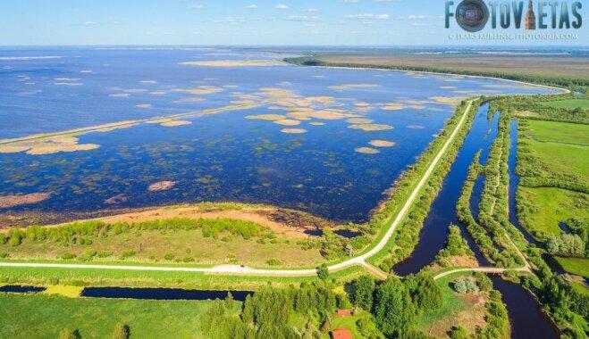 ФОТО: Озеро Лубанас с высоты птичьего полета