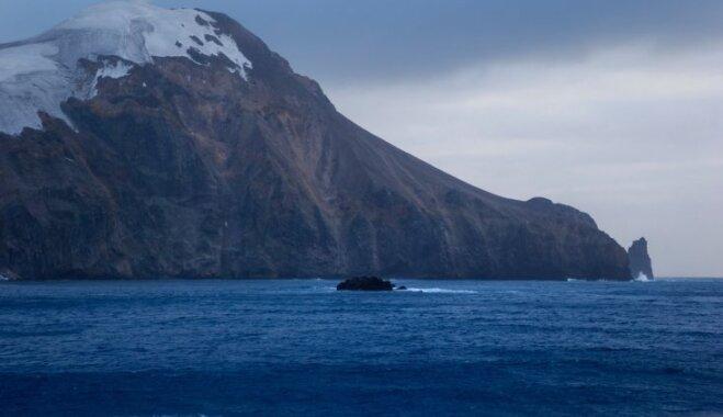 Septiņas neparastiem stāstiem un dabas brīnumiem apvītas salas