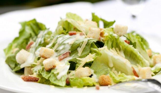 Cēzara salāti ar bekonu