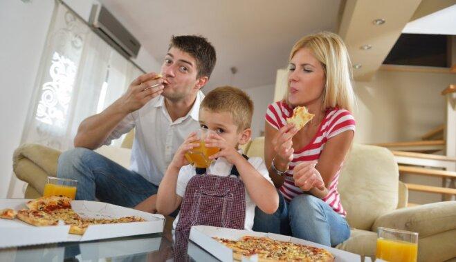 Правила питания: не навязывайте детям то, чего не едите сами