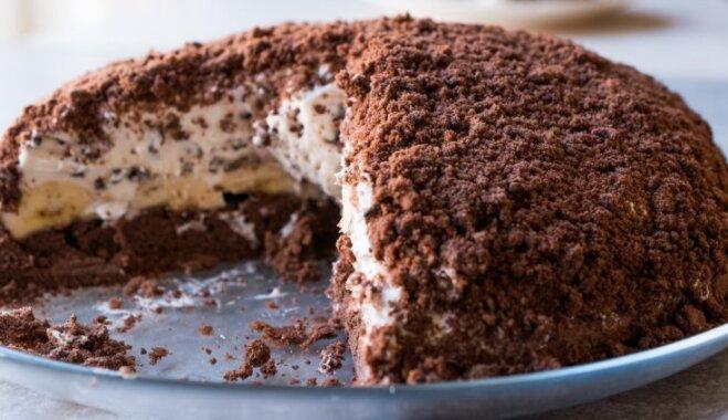 Норка крота - шоколадный торт с бананами