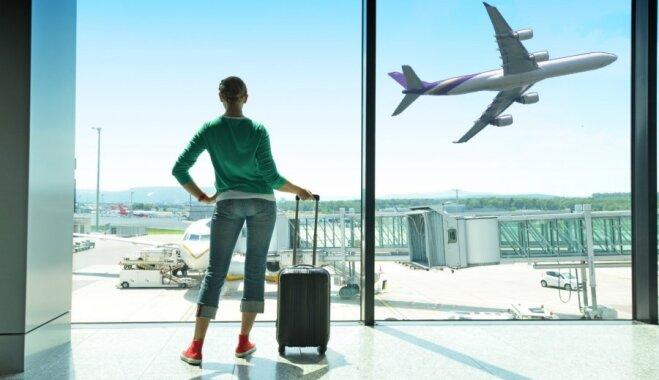 Vairāki pasažieri uz vienu vietu – kā un kāpēc lidsabiedrības tirgo neesošas biļetes