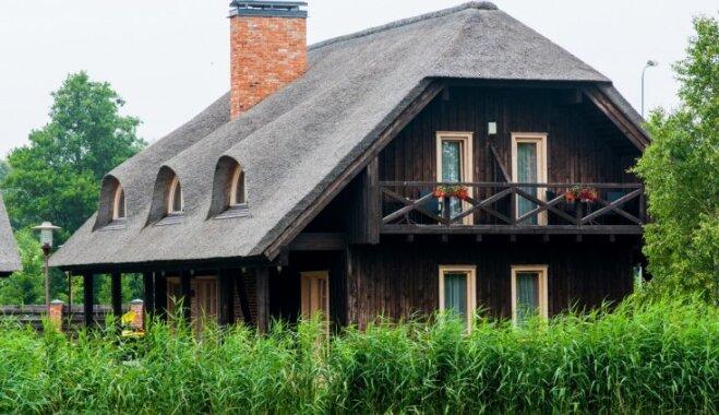 Autentiskā mājas galvassega – niedru jumts. Priekšrocības, trūkumi un būtiskas nianses