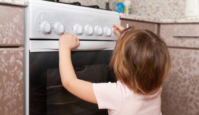 Mājās ne vienmēr ir droši: piecas biežākās bērnu gūtās traumas