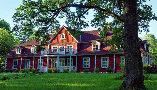 Ceļojums laikā: Elegantā Ungurmuiža, kur jau 18. gadsimtā auguši lauru, citronu un apelsīnu koki