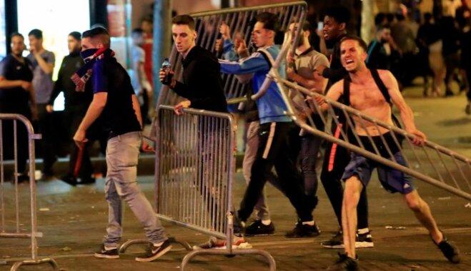 В Брюсселе и Париже возникли массовые беспорядки после полуфинала ЧМ по футболу
