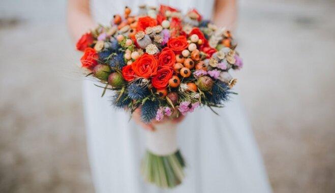 Iedvesmas deva un praktiski padomi savlaicīgai kāzu plānošanai