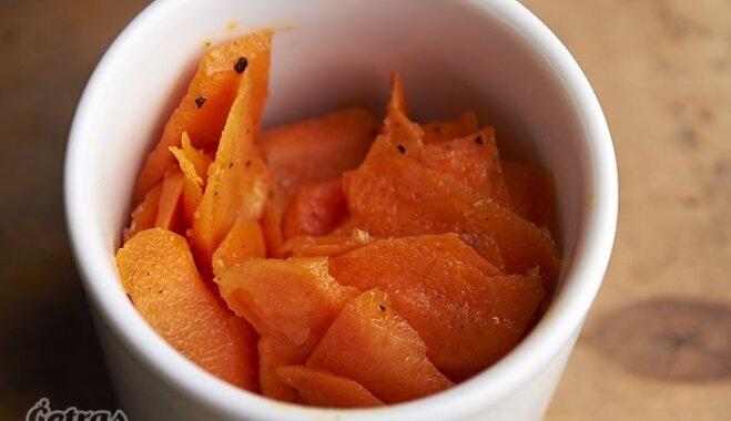 Рецепт морковного салата с имбирной заправкой