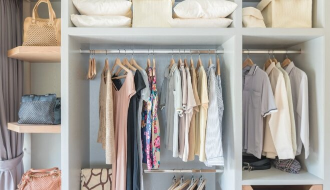 Ideālā drēbju skapja meklējumos – kādām niansēm pievērst uzmanību