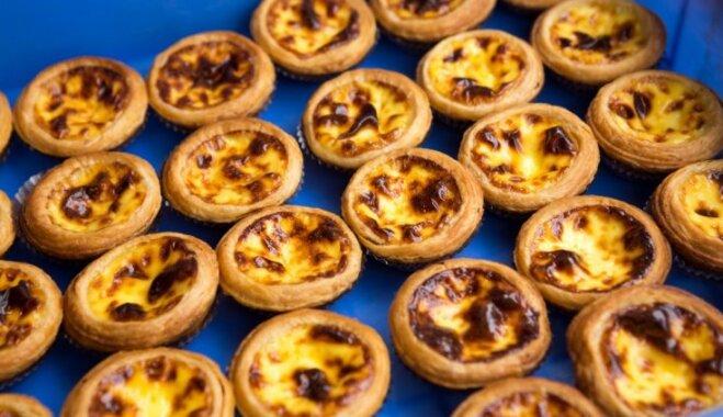 'Pasteis de nata' – krēmīgas portugāļu kūciņas, kas liks aizmirst par pludmales sezonu