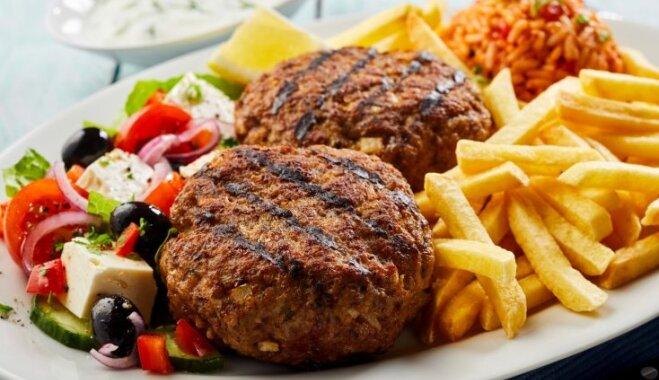 'Bifteki' – ar fetas sieru pildītas kotletes grieķu gaumē