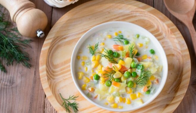 Быстрый молочный суп с овощами