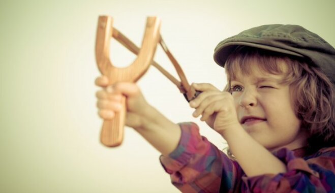 Vecāku iecienītas frāzes, no kurām vajadzētu atteikties komunikācijā ar bērnu