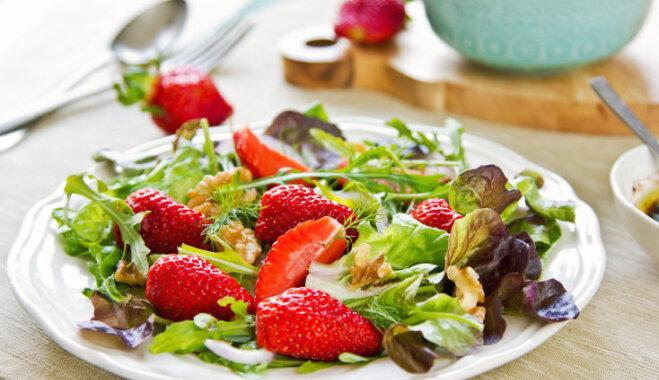 Три легких фруктовых салата с необычным вкусом
