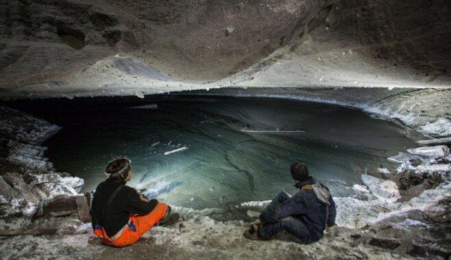 Foto: Skati kā no citas planētas – Stebnikas pamestās sāls raktuves Ukrainā