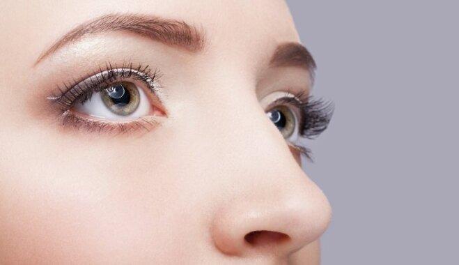 Объясняем по науке: все, что нужно знать об уходе за кожей вокруг глаз