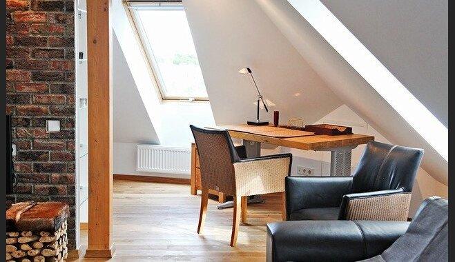 Kompaktā omulība: pārdomāti iekārtots divistabu dzīvoklis Āgenskalnā