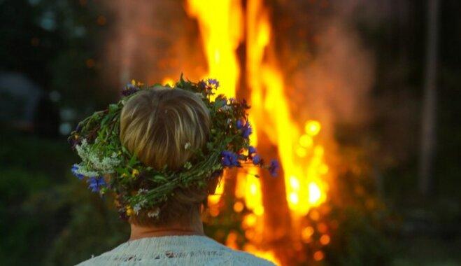 Ielīgošana un saulgrieži Latvijas pilīs un muižās