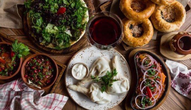 Sveiciens no saulainās Gruzijas: 17 receptes lietus nomākta garastāvokļa uzlabošanai