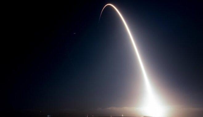 SpaceX успешно вывела на орбиту 10 спутников связи Iridium Next