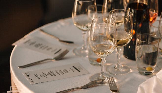 Populāri pašmāju šefpavāri servēs vakariņas uz plosta Kāla ezerā