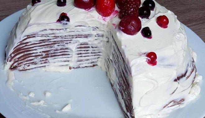 Kakao pankūku torte ar krēmsiera krēmu