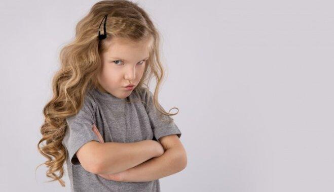13 фраз, которые никогда не следует говорить своему ребенку