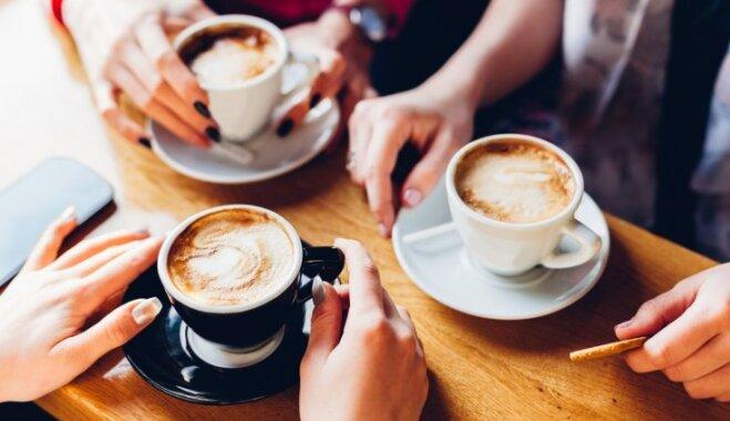 Kafijas dzērienu un cigoriņu kafijas ietekme uz veselību – kas ieteicams un no kā izvairīties