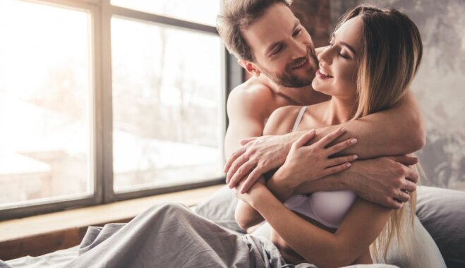 Met kaunu malā! Kā pastāstīt partnerim par savām vēlmēm guļamistabā