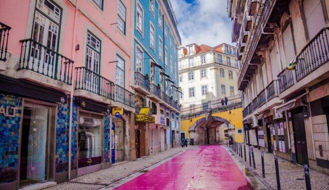 No 'sarkano lukturu' rajona par hipsterīgu pulcēšanās vietu: Lisabonas Rozā iela