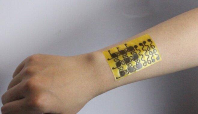 """В США создали растворимую электронную кожу с возможностью """"самолечения"""""""