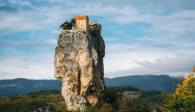 Sešas interesanti apbūvētas klintis, kas vilina tūristus